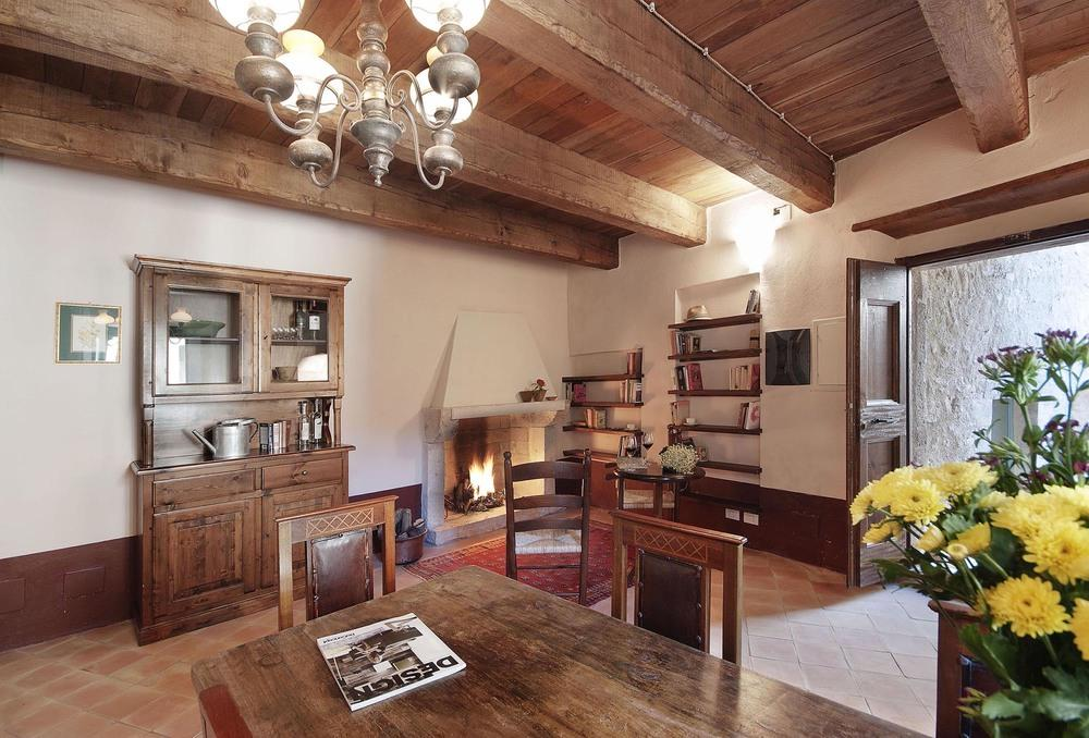Relais in Umbria offers and promotions